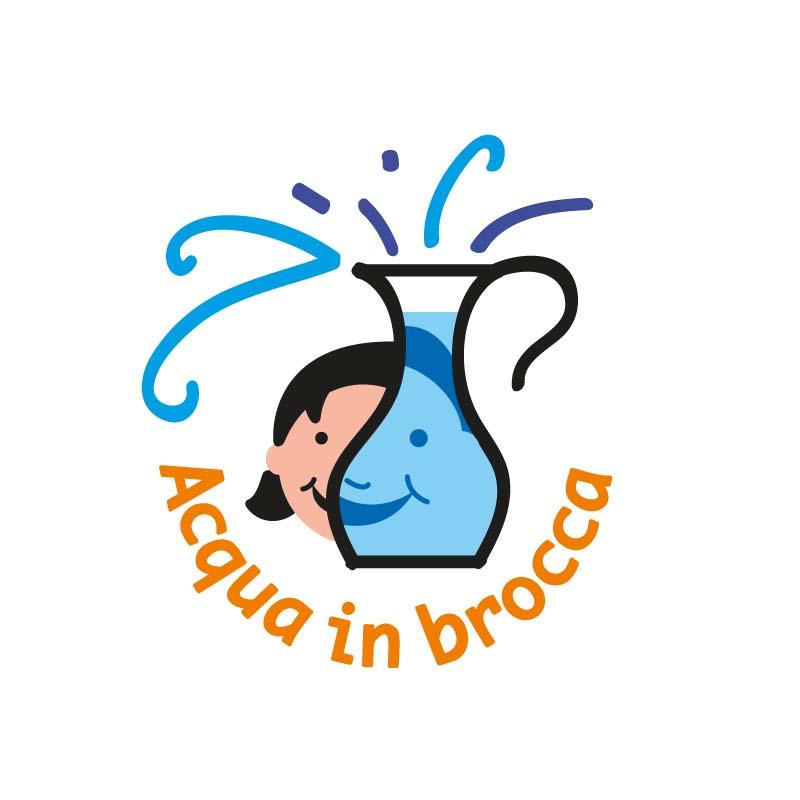 """Logo realizzato per la campagna di Nuove Acque e Legambiente sull'uso dell'acqua del rubinetto. La campagna ha voluto avvicinare i bambini delle scuole elementari all'uso dell'acqua del rubinetto. Per questo sono stati realizzati dei """"Fontanelli"""" molto colorati e accattivanti da porre in alcune scuole della città. L'idea del logo mi è nata pensando al viso sorridente di una bambina visto attraverso una brocca piena di acqua. L'ingrandimento della metà del volto richiama il gioco visivo di un'immagine vista dall'altra parte di una brocca piena d'acqua."""
