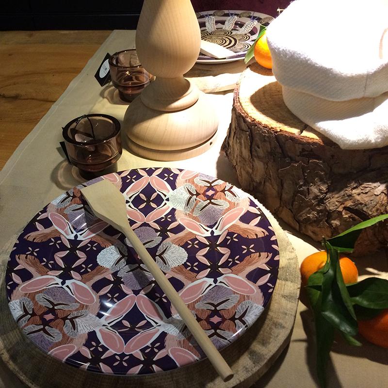 Piatti serie Fractus esposti in Show Room
